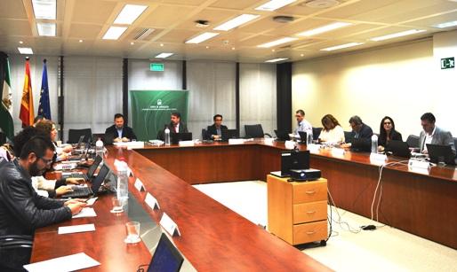 Imagen de la reunión del Consejo Rector del Consorcio Fernando de los Ríos (Sevilla, 10 de diciembre de 2015) reúne a representantes de las entidades consorciadas (las ocho diputaciones provinciales y la Junta de Andalucía) y la dirección del Consorcio.